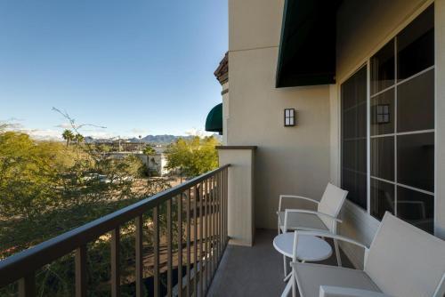 Hampton Inn & Suites Phoenix/Scottsdale - Scottsdale, AZ AZ 85254