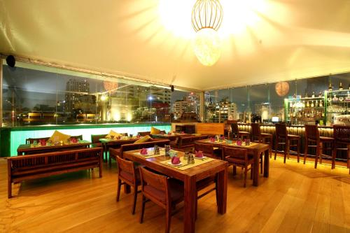 Galleria Sukhumvit 10 Bangkok by Compass Hospitality photo 65
