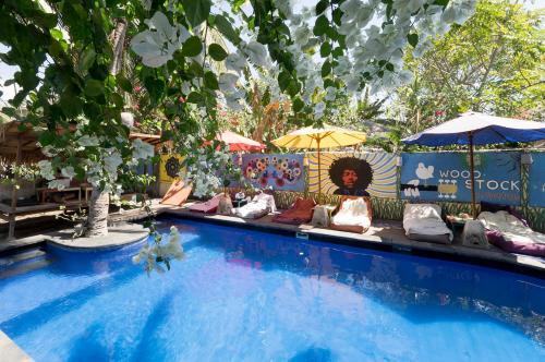 Woodstock Gili - Garden & Bungalows Lombok