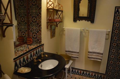 19 Rue Sidi Bouknadel, Kasbah, Tangier, Morocco.