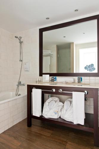 Photo - PortAventura® Hotel Caribe - Includes PortAventura Park Tickets