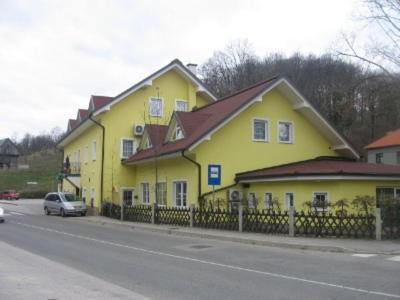 Senica, Krško