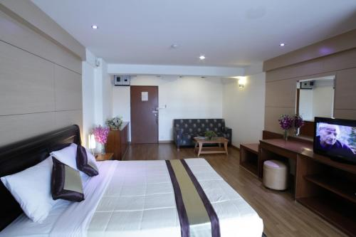 Nanatai Suites photo 58