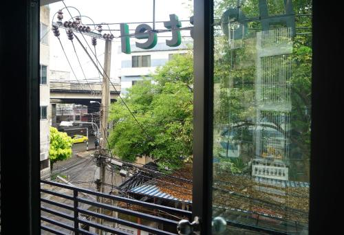 Feel Good Bangkok Hostel photo 65