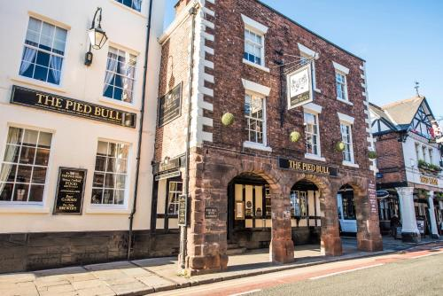 The Pied Bull (Bed & Breakfast)