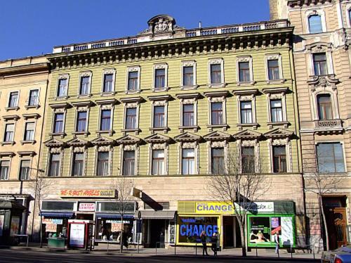 Krisco Apartments Downtown photo 37