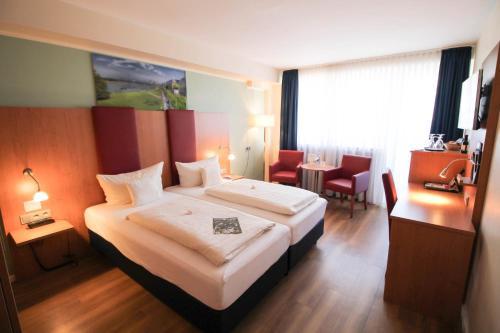 TIPTOP Hotel National Düsseldorf (Superior) photo 13