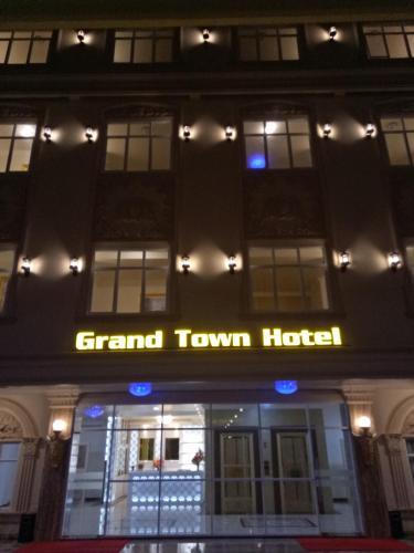 10 Best Makassar Hotels: HD Photos + Reviews of Hotels in