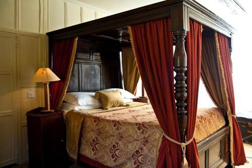Ravenwood Hall Hotel - Photo 7 of 32