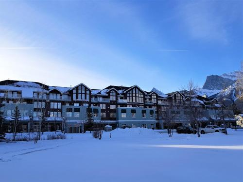 Sunset Resorts Canmore And Spa - Photo 7 of 74