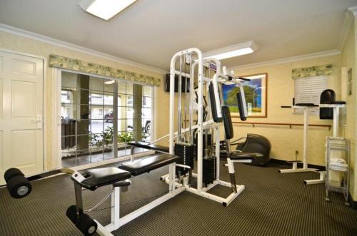 Best Western University Lodge - Davis, CA 95616