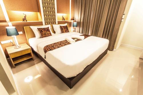 The Aim Sathorn Hotel photo 2