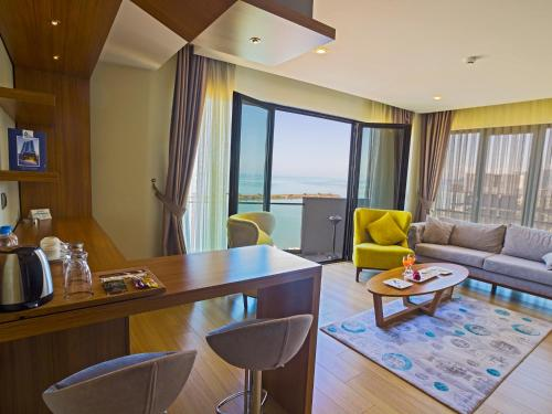 Alesha Suite Hotel And Residence