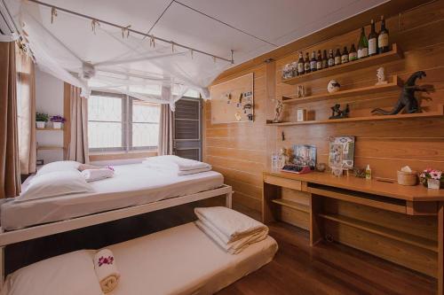 Sud Soi Guest House photo 34