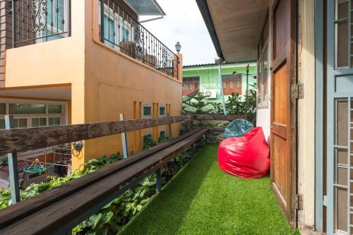 Sud Soi Guest House photo 48