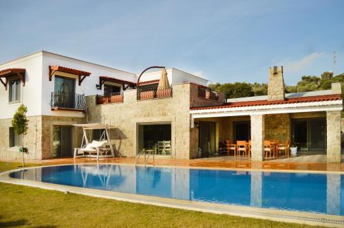 Ortakent Important Group Villa BD410 Ortakent 5+1 fiyat