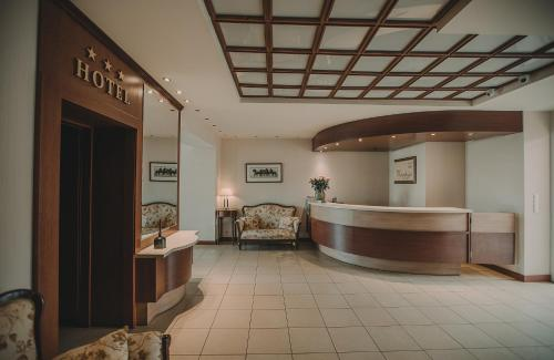 . Hotel Restaurant Boss