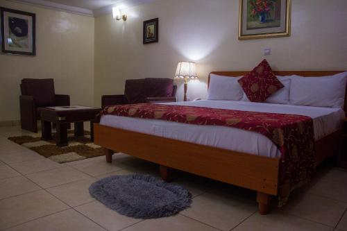 Deen Apartment Services