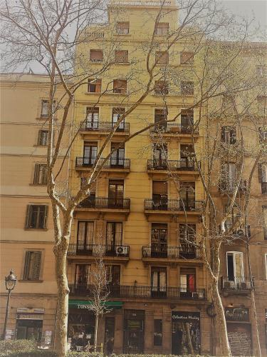 Hotel Stopbarcelona Universidad Apartments