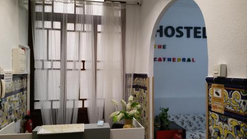 The Cathedral Hostel фотографии номера