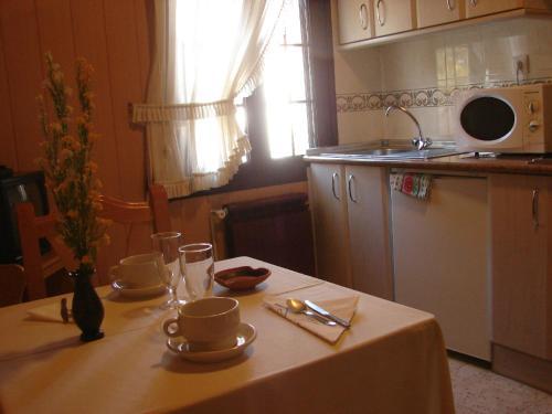Apartamentos Jucar - Hotel Rural стая снимки
