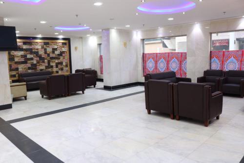 Iskan Hotel 9 Main image 2