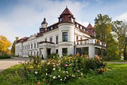 . Pałac Wiejce