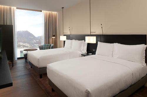 Premium Twin Room With Lake View