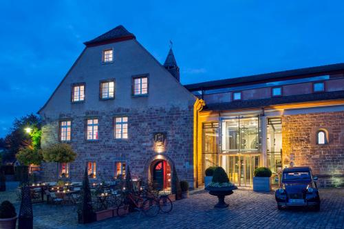 . Kloster Hornbach