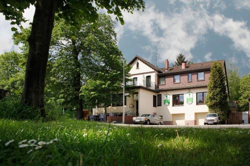 Hotel Lindenkrug-Hannover