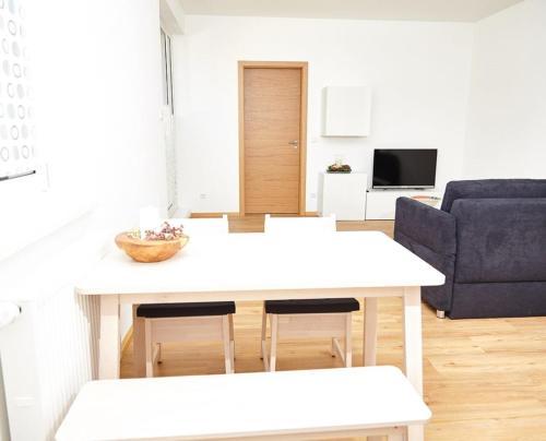 . Krug-Apartments