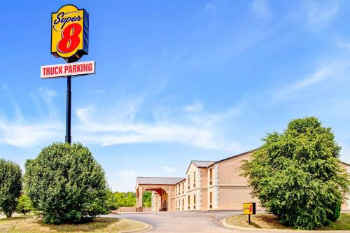 Super 8 by Wyndham Forrest City AR