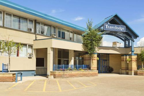 Travelodge by Wyndham Edmonton East - Edmonton, AB T5W 0Z4