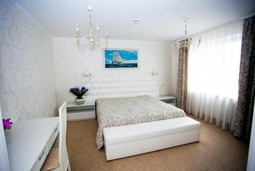 . Serebryaniy Taler Hotel