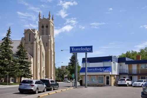 Travelodge By Wyndham Moose Jaw - Moose Jaw, SK S6H 0N3