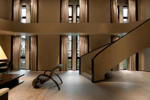 Via Manzoni 31, Milan City Centre, 20121 Milan, Italy.