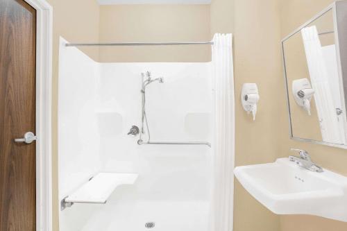 Microtel Inn & Suites By Wyndham Conway - Conway, AR 72032