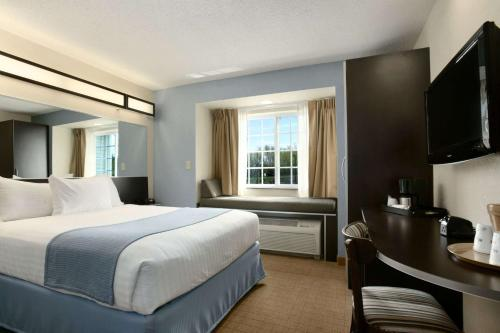 Microtel Inn & Suites Belle Chasse