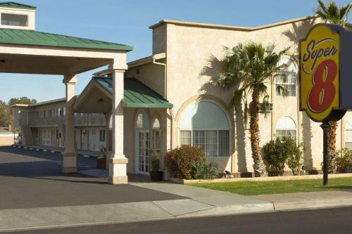 Super 8 by Wyndham Ridgecrest