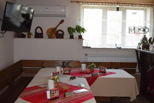 Koshov Guest House - Photo 7 of 73