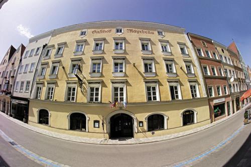 . Hotel Mayrbräu