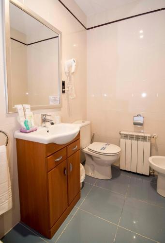 Habitación Doble Hotel Puerta Del Oriente 76