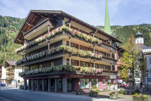 Lieblingsplatz Tirolerhof - Hotel - Zell am Ziller