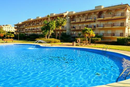 . Apartamentos Golden Beach