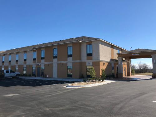 Hotel Glenpool - Jenks, OK 74037