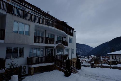 Apartments Eagle Rock Mountain - Photo 4 of 34