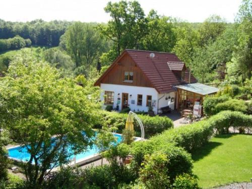 . Cozy apartment with oven, located in the green Bruchttal