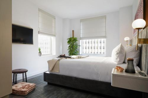 The Assemblage John Street room photos