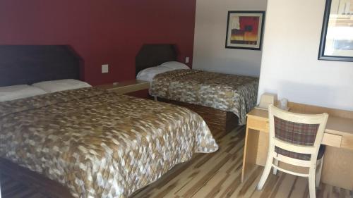 El Monte Motel - Dinuba, CA 93618