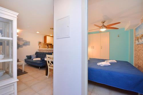 Apartments & Rooms As